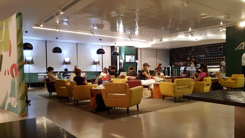 Naples vip lounges